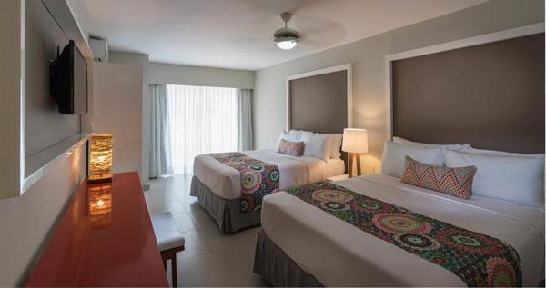Estadia En El Hotel Emotions Juan Dolio Con Paquete Todo Incluido Para 2 Persona Ofertadeldia
